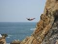 Как выжить при падении в воду с высоты