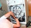 Помоги жене и матери: Как отремонтировать стиралку без вызова мастера